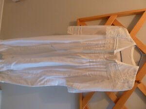 Cotton nightgown,eyelet collar