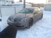 LOW KMS 2004 MAXIMA