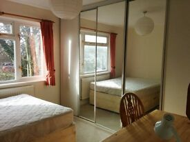 Double room available in Headington