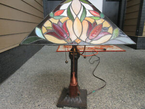 $100 Lamp approx 25 inches high by 16 inches wide Campbell River Comox Valley Area image 3