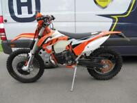 2016 KTM 200EXC - Completely original, and IMMACULATE!