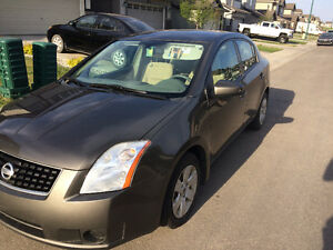 NISSAN SENTRA 2.0 DRIVES PERFECT, LADY DRIVEN