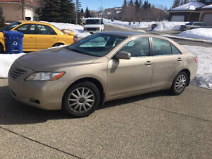 2007 TOYOTA CAMRY SE - V6  IN EXCELLENT CONDITIONS- 4 QUICK SALE