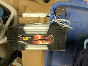 MotoMaster Eliminator Mobile Power Inverter, 1500W Best Offer