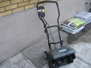 Yardworks electric snow blower