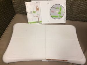Wii fit Board and Game in Excellent Condition