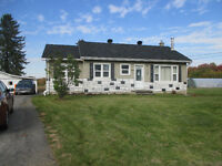 House for rent with large lot and garage on Navan Rd.