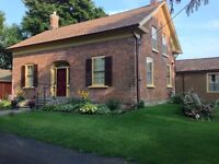 Short/Long Term  Accomodation in Historic Port Perry Home