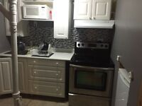 Student 1 bedroom bachelor apartment close to UOIT