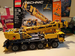 Lego 42009 Mobile crane MK II complete with box