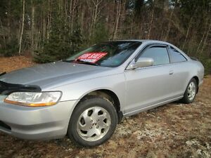 2000 Honda Accord Coupe (2 door) Reduced $1500 Firm!!