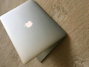 Selling 13' MacBook Air