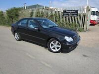 2006 56 Mercedes-Benz C220 CDI Avantgarde SE AUTOMATIC 4DR 2.1 TD 150 BHP AUTO