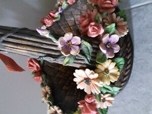 DECORATIVE FLORAL CLAY PLANTER BASKET WITH HANDLE London Ontario image 2