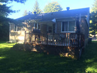 Amazing:  Bungalow to rent: Near Pointe Claire Village