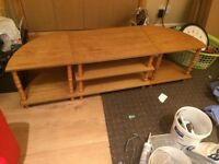 A sitting room table (tea table ) will sale by 20 quid only ,