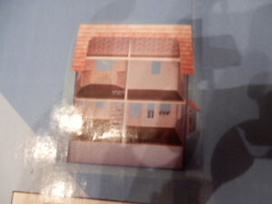 Newberg Doll house Windsor Region Ontario image 2