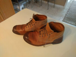 TIMBERLAND BROWN TAN BOOTS SIZE 12 MINT CONDITION