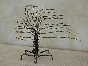 Aged barb wire perfect for decorations or rat rod accents Edmonton Edmonton Area image 5