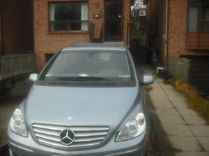 2008 Mercedes-Benz B-Class B 200 Hatchback Panoramic Sunroof