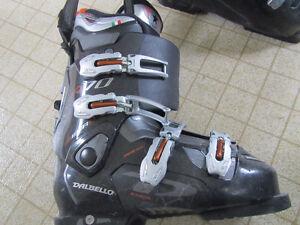 Ski Salomon et bottes presque neuves