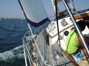 35ft Sailboat, Sleeps 5 - Live Aboard, Sail to the Caribbean!