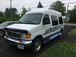 FORD E150 CONVERSION VAN