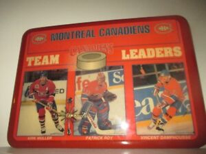 Vintage 1990s NHL Montreal Canadiens Wooden Clock Large