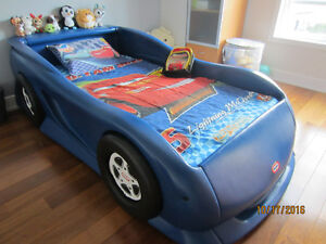 Lit Disney Cars - 1 place/Twin Bed