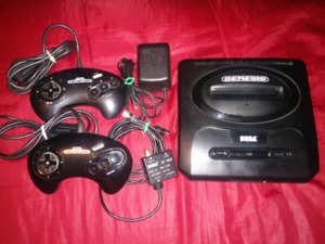 Sega Genesis 2 controllers and 5 games