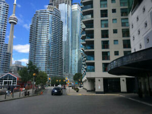 LUXURY LIVING AT HARBOURFRONT