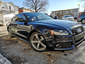 Audi S5 2009 low km, very clean, perfect condition
