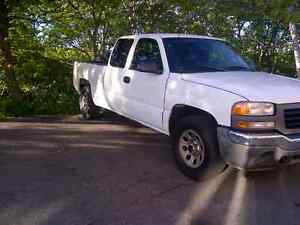 2005 GMC 4x4 for sale $ 3100