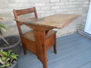 Solid Wood Antique Child's Desk Stratford Kitchener Area image 3