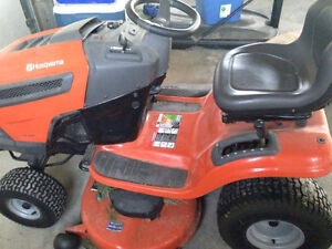 2yr old husqvarna riding mower Kawartha Lakes Peterborough Area image 2