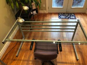 Table ou bureau de travail en verre à VENDRE
