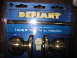 BRAND NEW IN SEALED PACKAGE--Defiant Two Way Door Knob w/ Lock