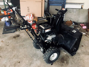 "Sno-Tek 28"" Snowblower in great condition, well maintained."