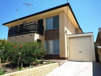 fully self contained townhouse short term/ holiday rental Semaphore Park Charles Sturt Area Preview