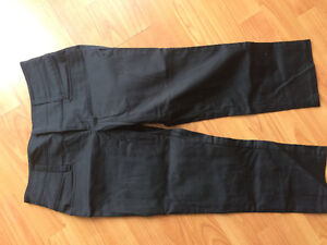 Ladies Capris from Rickies new condition