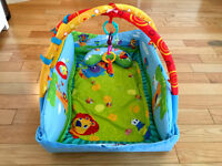 Bright Starts Tapis de Jeu - Baby's Play Place - Comme neuf