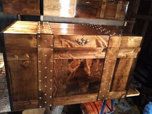 COFFEE TABLE  FLAT TOP TREASURE,HOPE CHEST,STORAGE BOX, TRUNK,