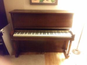 Piano droit Willis