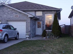 2 Bdrm & 1 Bath with Car Garage - Talbot Trail School Area