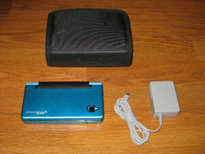 Nintendo DSi Metallic Blue System with Charger & Case