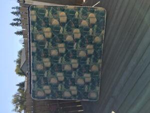 Queen box spring and mattress