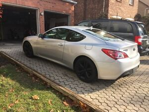 2011 Hyundai Genesis Coupe with Extended Warranty