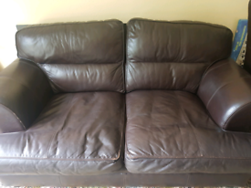 Free!! Leather settee