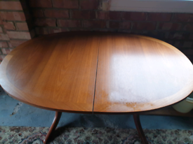 Vintage Nathan Dinning Table. Super quality.