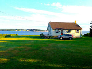 PEI waterfront cottage- Only a few spots left!